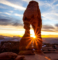 A Beautiful Delicate Arch Sunset Image
